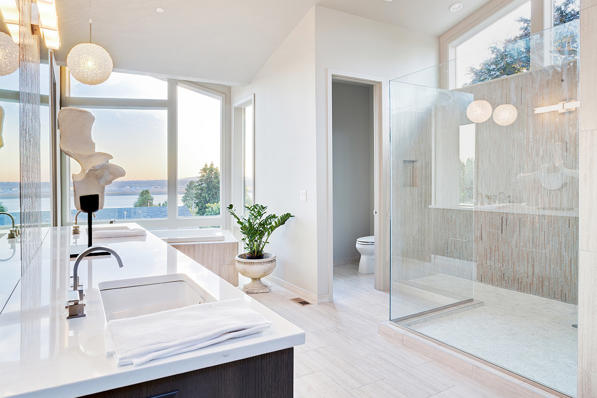 The Benefits Of Installing A Frameless Shower Screen In Your Bathroom
