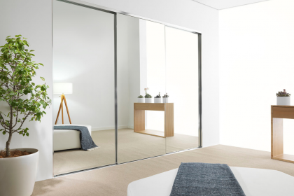 Why choose sliding wardrobe doors over hinged ones: Learn from the experts